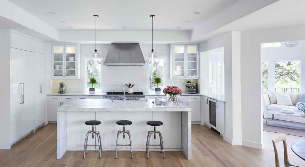 Beautiful White Scandinavian Style Kitchen