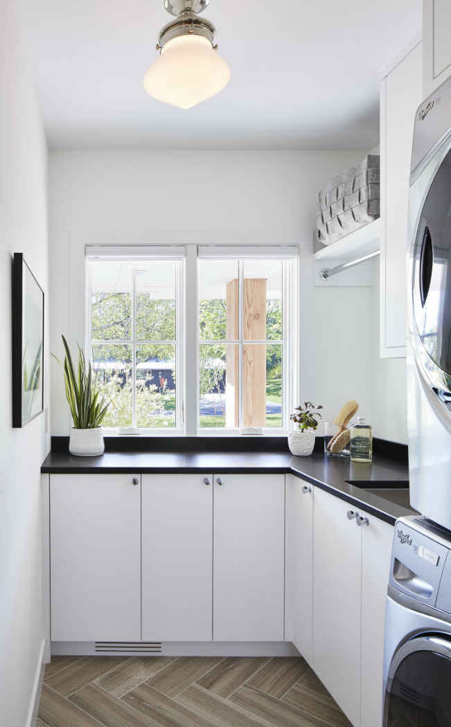 Black And White Laundry Room