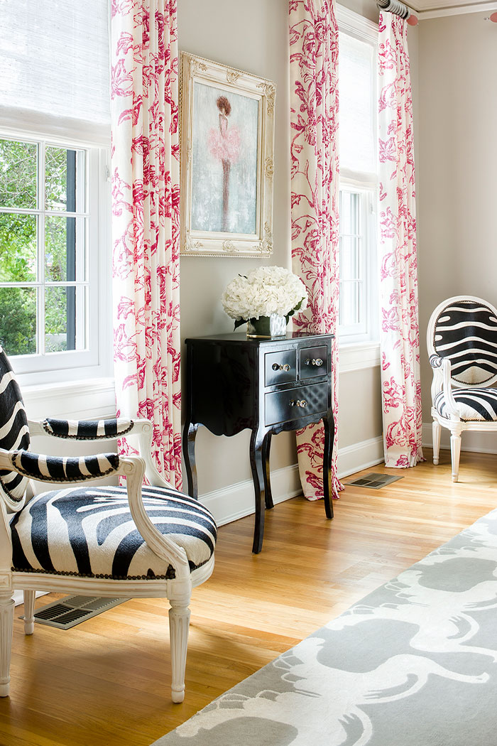 Black And White Living Room With Pink Accents
