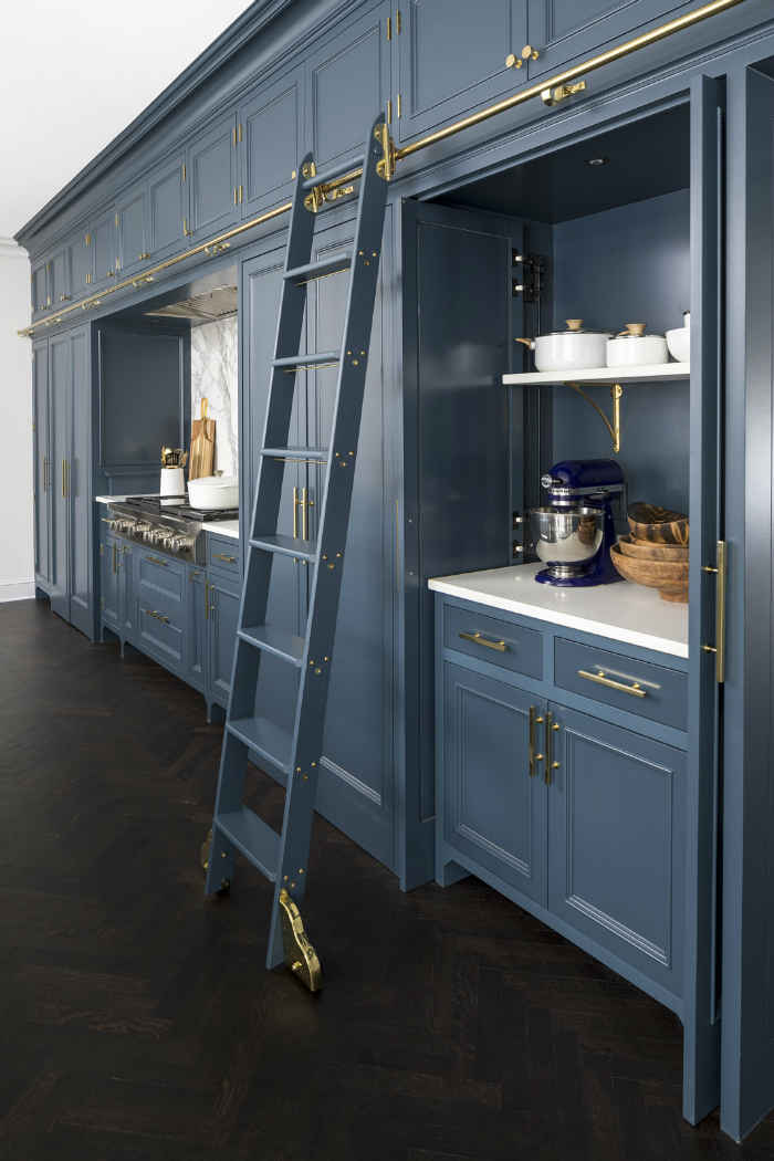 Deep Blue Kitchen Cabinets