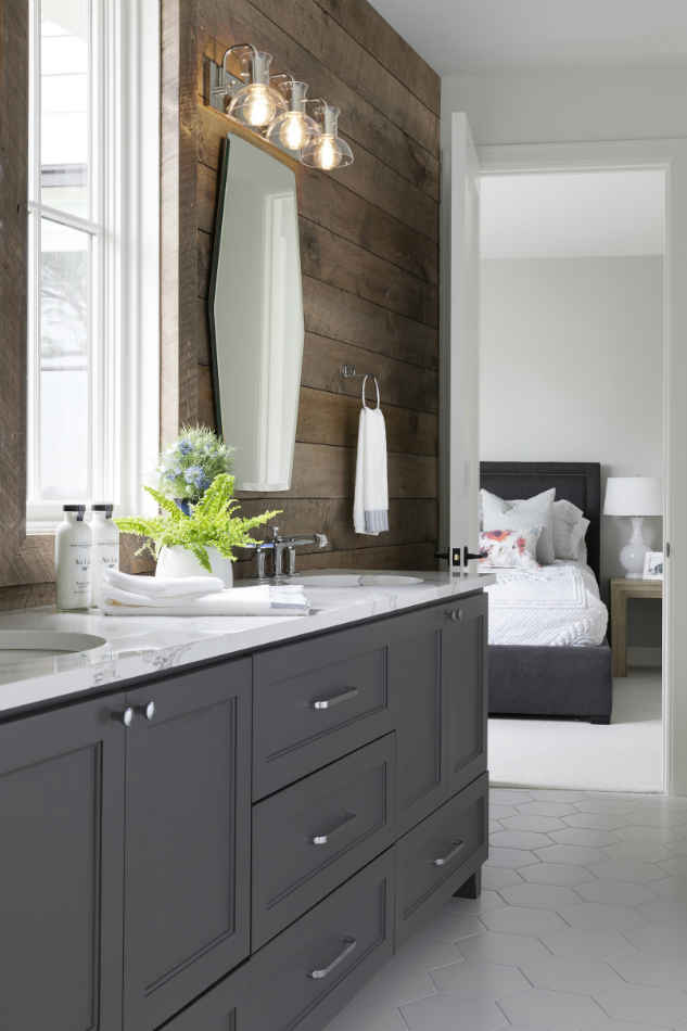 Jack And Jill Bathroom Design With Wooden Accent Wall