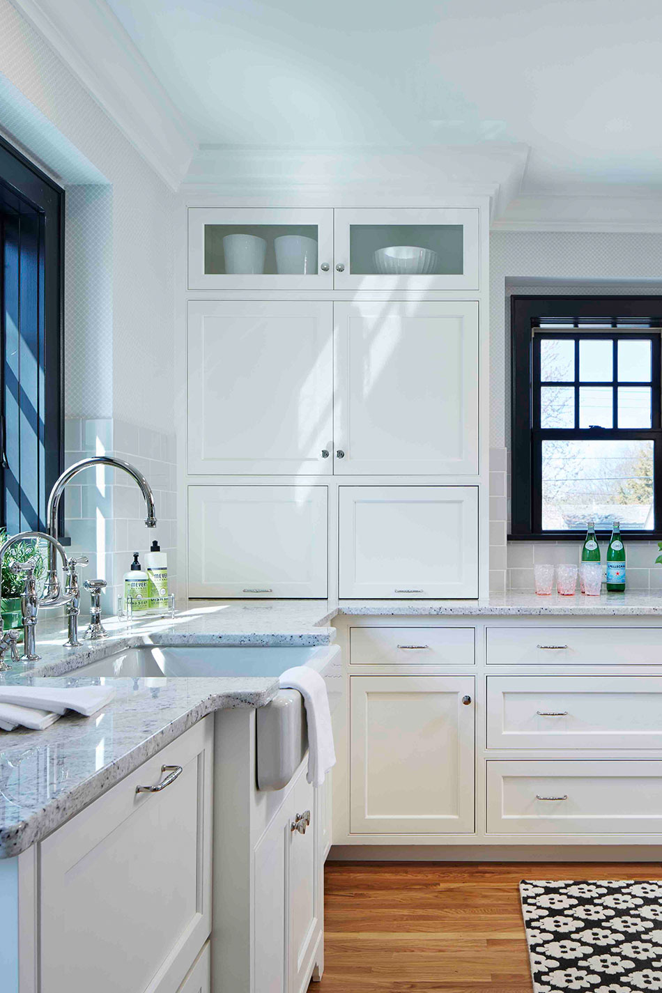 Kitchen With Farmhouse Sink