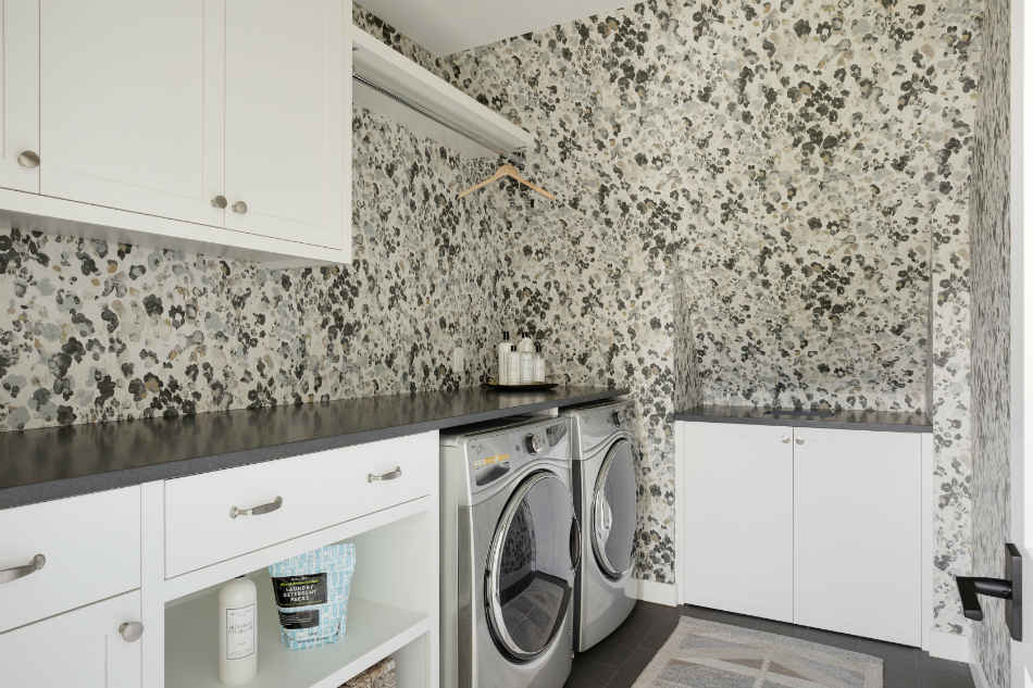 Laundry Room Design With Printed Wallpaper