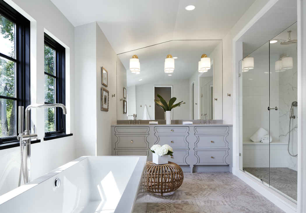 Master Bathroom With Soaker Tub And Walk In Shower