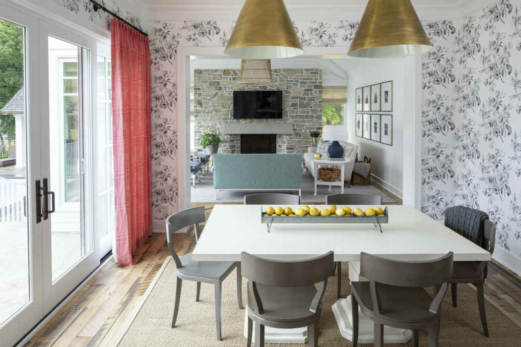 Casual Dining Design With Floral Wallpaper