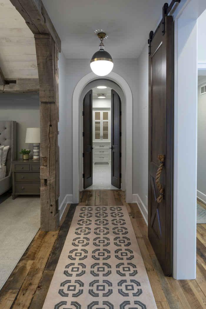 Master Hallway Design