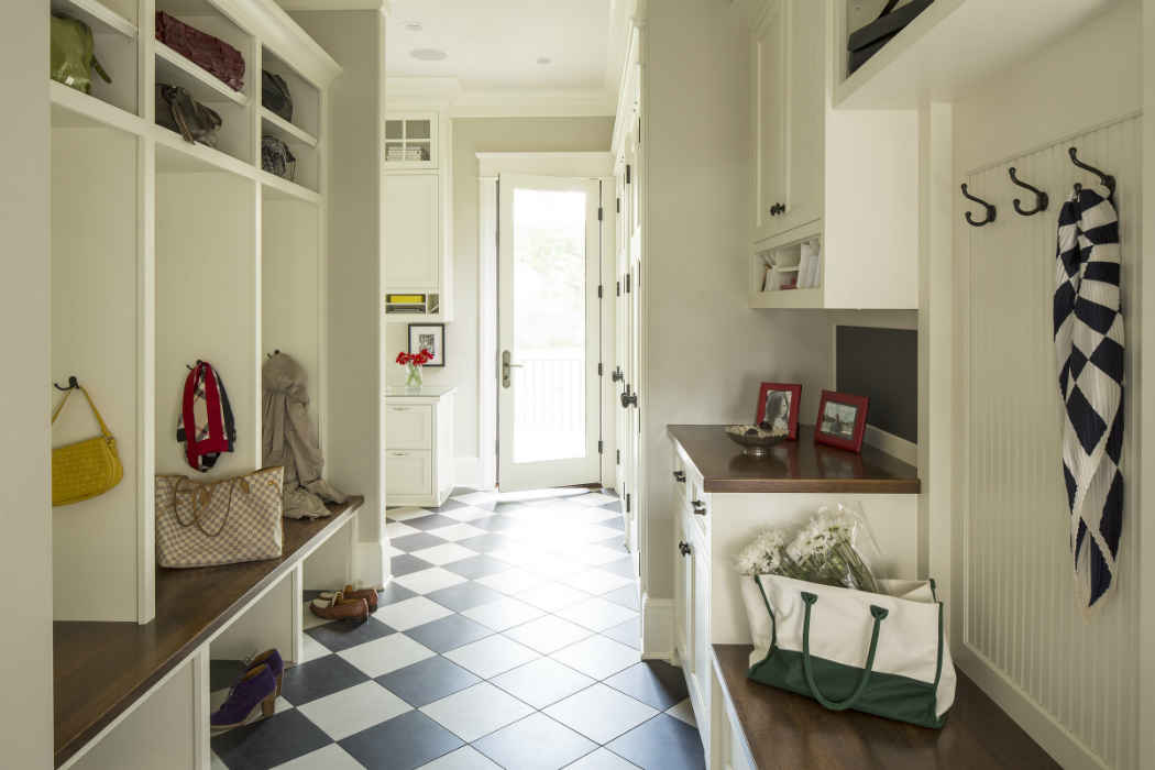 Mudroom Interior Design With Tile