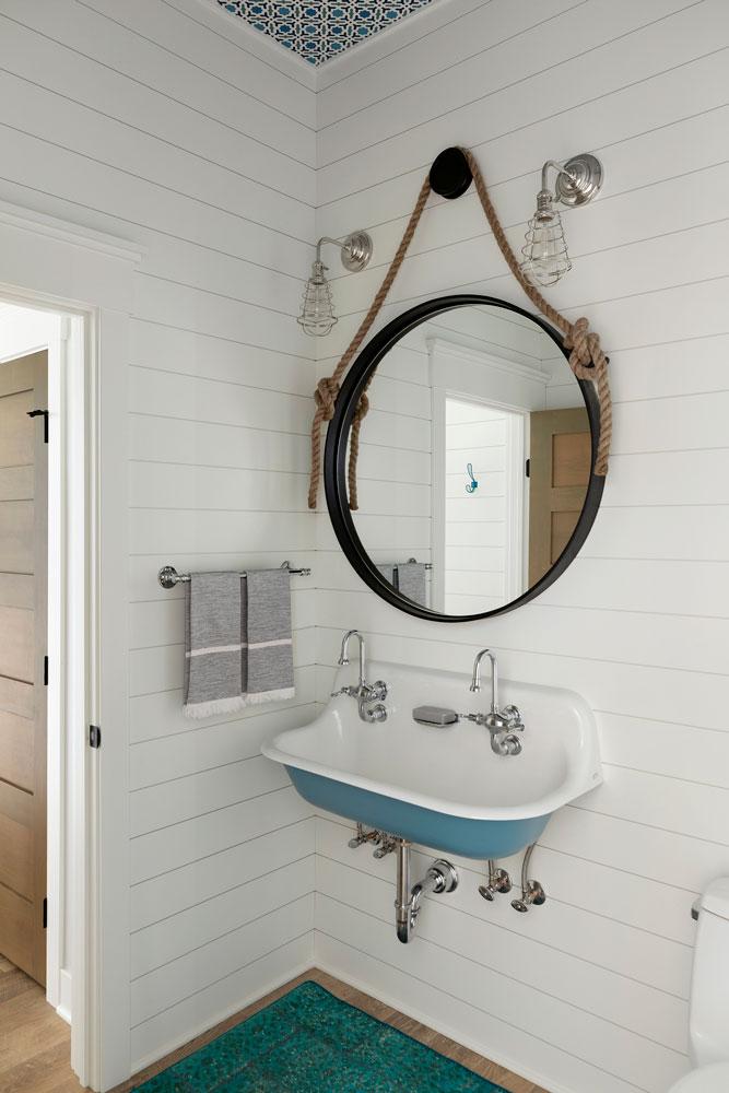 21 Sugar Lake Summer Home Powder Bath
