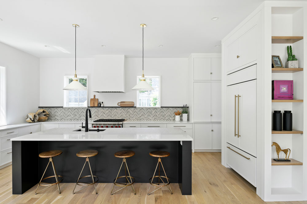 5 Uptown Modern Colonial Kitchen