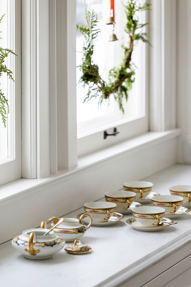 11 Home For The Holidays Dining Room Buffet