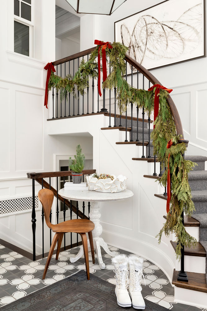 17 Home For The Holidays Stairway