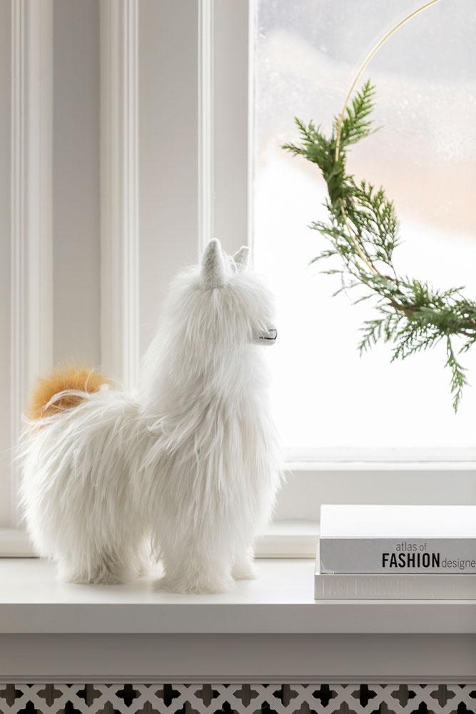 3 Festive Holiday Season Bedroom Llama