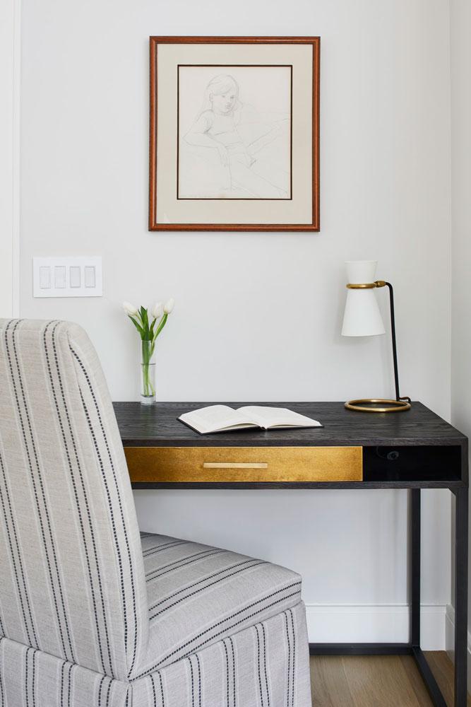 18 Rollingwood Remodel Master Desk